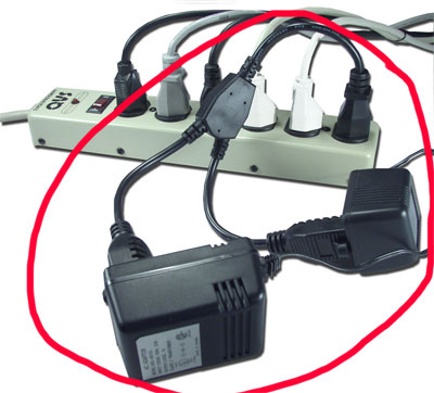AC Power OutletSaver Splitter Adaptor